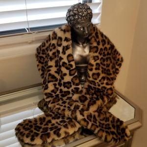Aldo Faux Fur Leopard Print Neck Stole Scarf Wrap